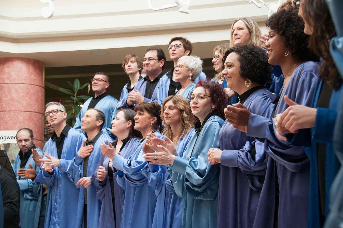 joyful-gospel-choir-17