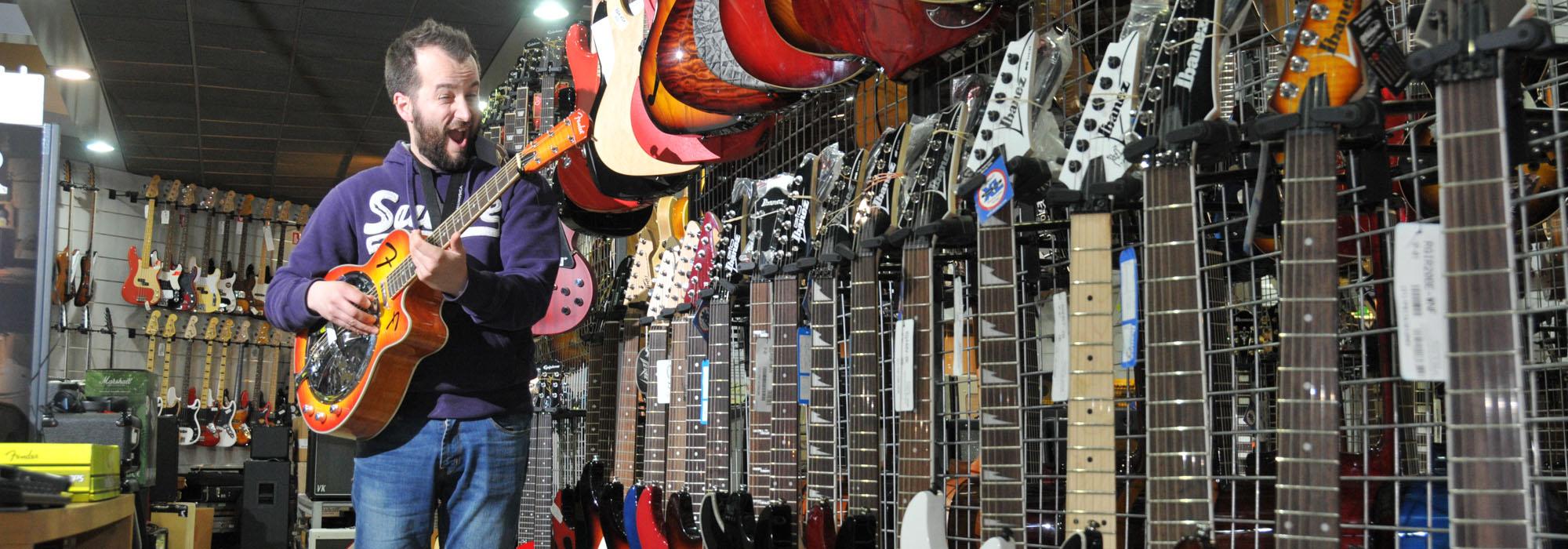 alessandro gatta chitarre